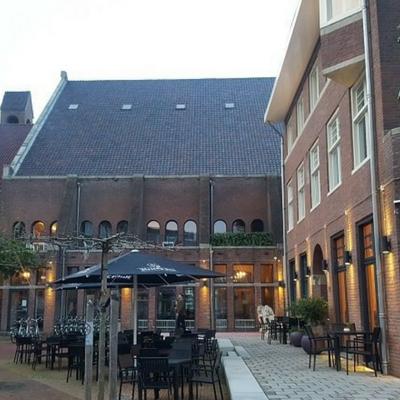 Chasse Hotel terras vk